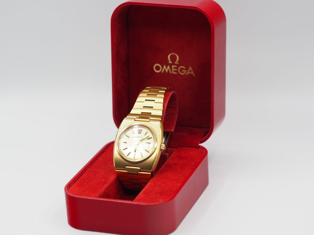Omega Megaquartz 32KHz,  Genéve,  Ref. 596.0003, Frauen Uhr wie neu, ca.1975